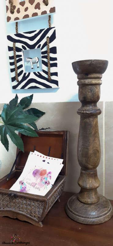 candelabro de madera natural